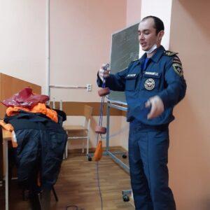 в ЦИФРУ пришли сотрудники МЧС (в рамках обучения Молодёжка ОНФ)_3